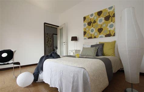 cuscini grandi per letto ladari da letto