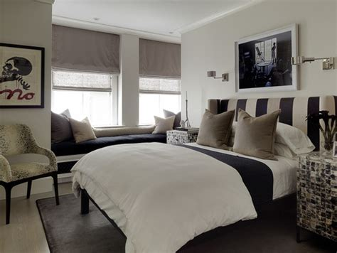 White And Black Headboard by 8 Bedroom Designs Using Black And White Headboards