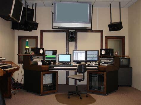 Love The Wood On This Desk Cool Recording Studio Stuff Sound Studio Desk