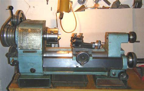 tornio da banco myford modificavano armi in un laboratorio clandestino