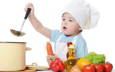 Imagenes Niños Cocinando | no es tan dif 237 cil ense 241 ar a cocinar a un ni 241 o diario