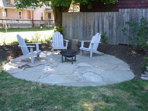 Learn About Installing Finishing Touches For A Flagstone Flagstone Patio Diy