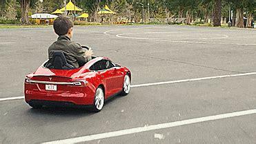 Tesla Model S Miniature Auto Repair Continuing Education