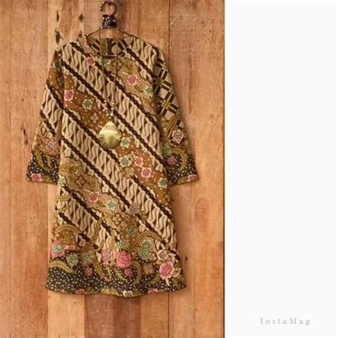 Dress Batik Wanita E 09 25 ide terbaik tentang modern batik dress di
