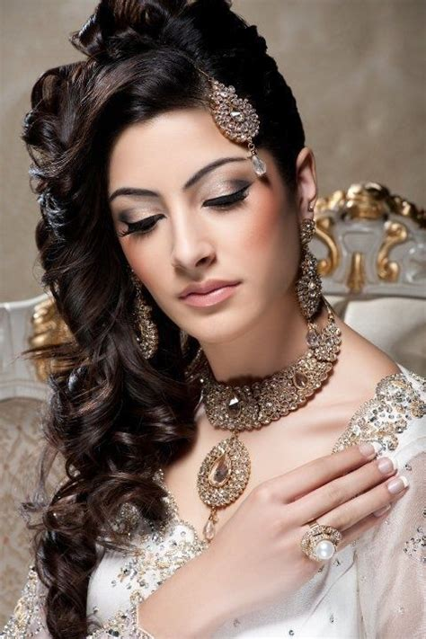 hairstyles for curly hair on saree curly hairstyles for saree