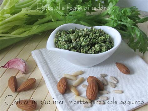 foglie di sedano pesto alle foglie di sedano catia in cucina