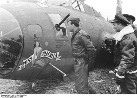 Jaket Bomber Bordir Original Fullcrum file bundesarchiv bild 101i 666 6875 05 abgeschossenes amerikanisches flugzeug b 17 jpg