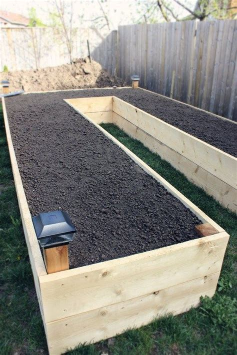 Outdoor Planter Box Ideas by 25 Best Ideas About Planter Boxes On Building