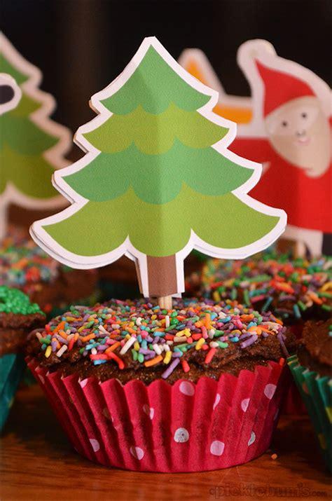 christmas tree topper printable 2012 printables cupcake toppers picklebums