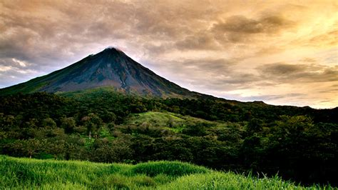 imágenes de sudamérica monos capuchinos volcanes rugiendo tirolinas y otras