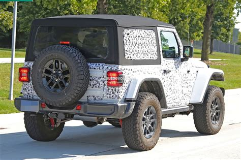 jeep wrangler instructions 2018 jeep wrangler jl jlu leaked through owner s manual