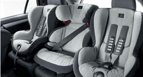age obligatoire siege auto tests gratuits du code de la route jusqu 224 quel 226 ge un