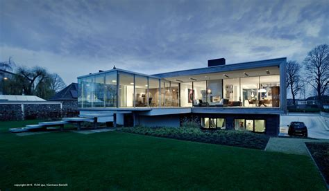 liag architects design  contemporary house  weert