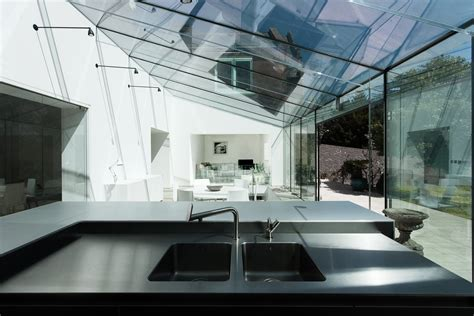 the glass house by ar design studio 6 homedsgn