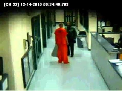 Hernando Arrest Records Hernando Guard Hitting Inmate Actuall Survelliance Not News