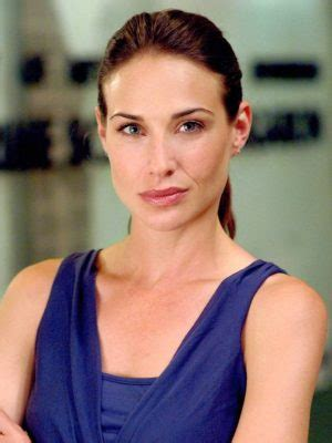 claire forlani real height hilarie burton complete bio