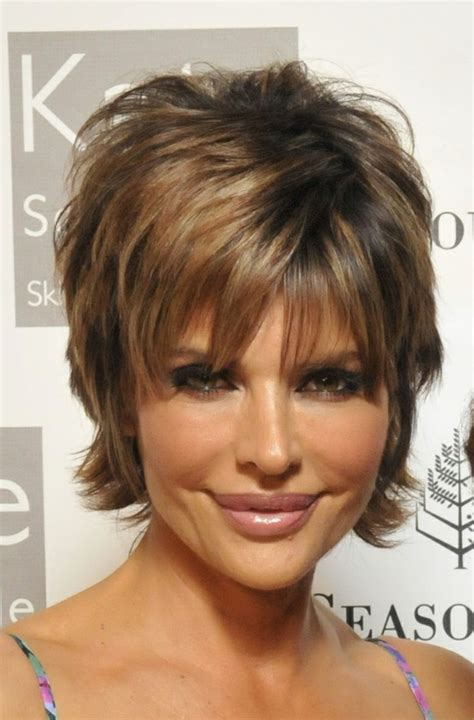 what color is lisa rinna s hair medium hairstyles for women over 50 with double chins