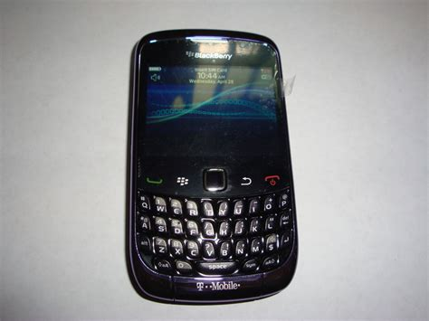 Hp Blackberry Kepler 9300 t mobile s blackberry curve 9300 quot kepler quot spotted in purple
