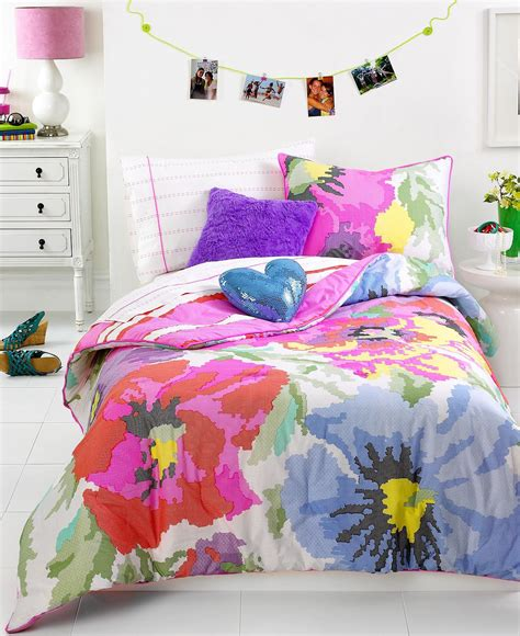 Neon Bed Sets Vogue Bedding Neon Needlepoint From Macys