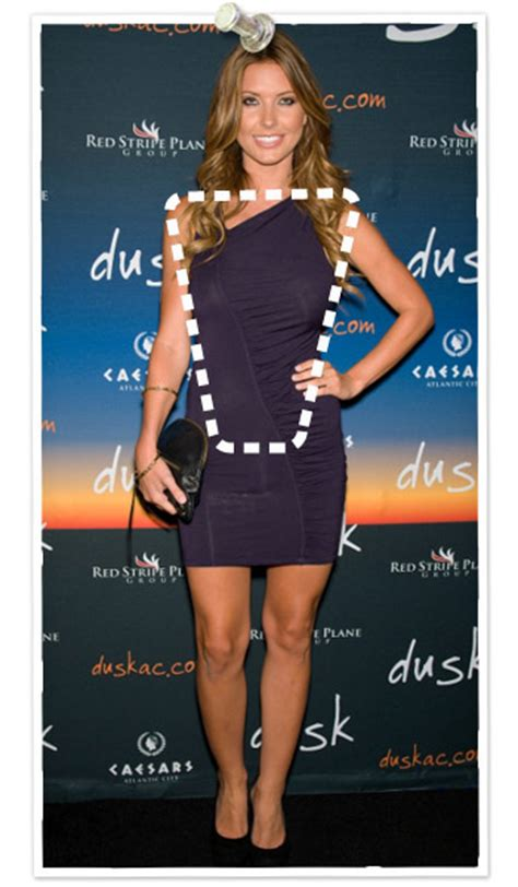 triangular shape celebrity the dos and don ts of dressing every body shape inverted