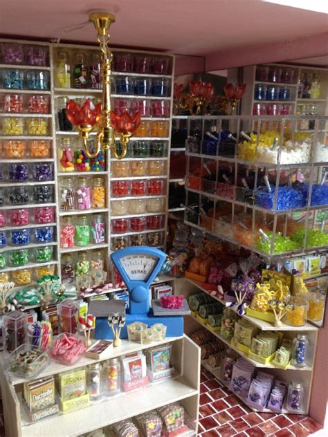 dollhouse store 1000 images about dollhouse rooms shops on