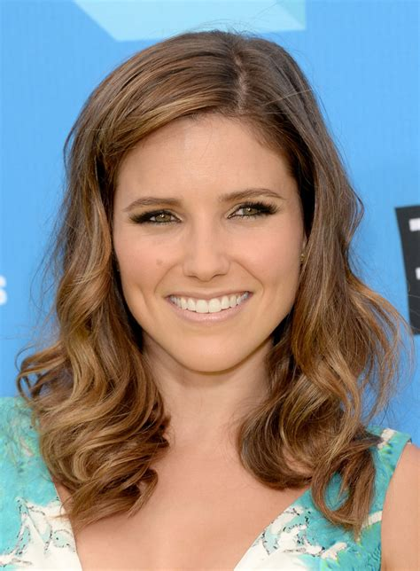 bush hairs sophia bush long wavy cut sophia bush hair looks