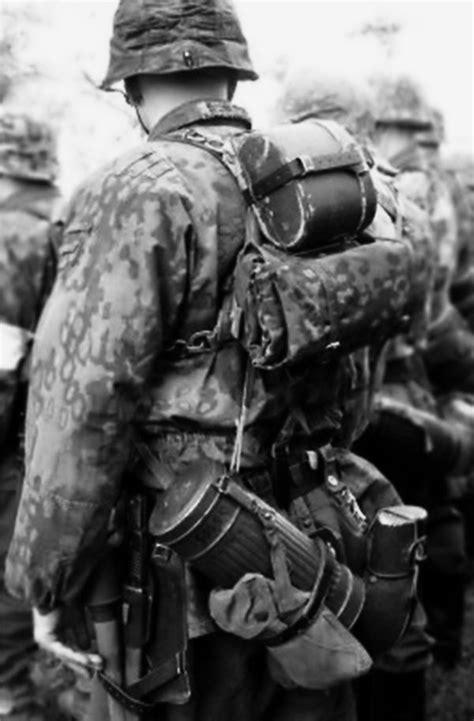 wwii german ss soldiers 222 best h i s t o r y w w 2 images on pinterest world