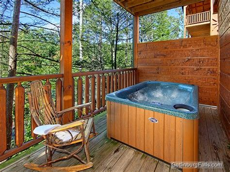 gatlinburg cabin relaxation 1 bedroom sleeps 8