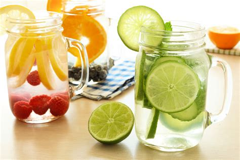 To Make A Gallon Of Detox Water by How To Make And Easy Detox Water Nature Detox