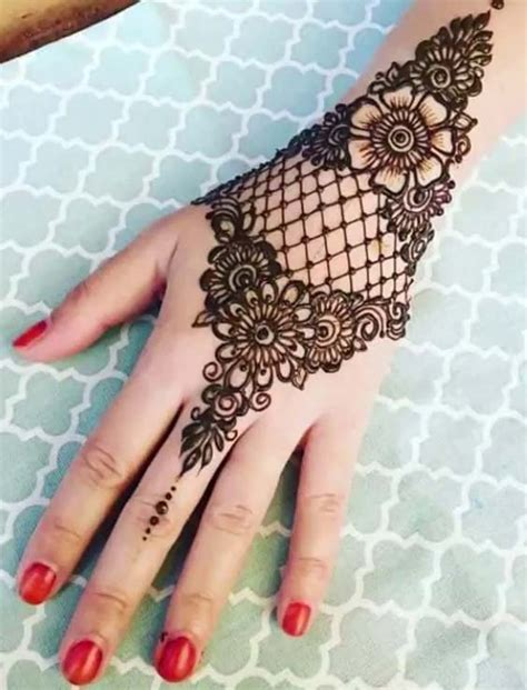 40 best henna images on 40 best bridal henna mehndi designs for 2018 hollysoly