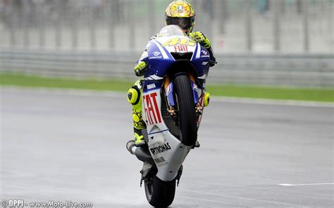 wallpaper valentino rossi valentino rossi wallpapers wallpaper cave