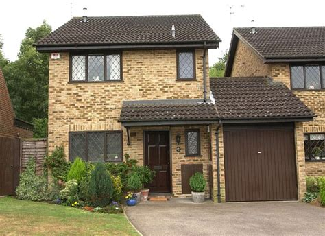 the houses of harry potter harry potter s privet drive on sale for 163 475k daily