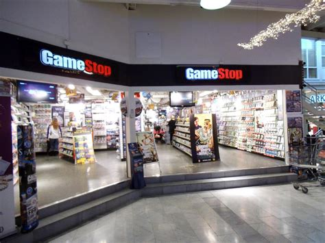 2 concerns with gamestop nyse gmes q1 report software