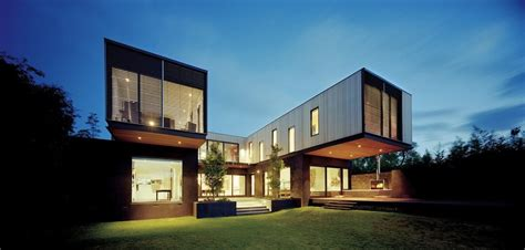 Single Story Mansion Floor Plans victorian style facade hides super modern architecture