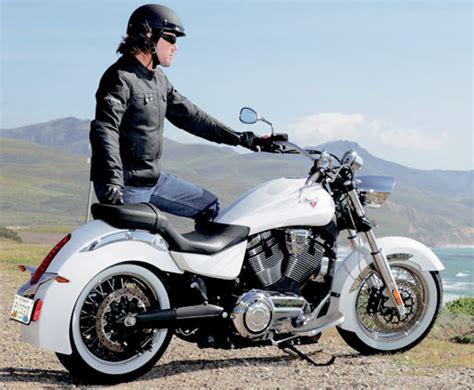 Kaos Klub Moge 7 model jaket kulit biker dengan moge terkerennya jaket