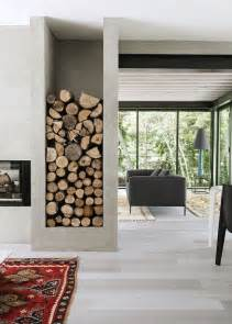 wohnzimmer lagerung brennholz zu hause lagern ohne probleme oder doch