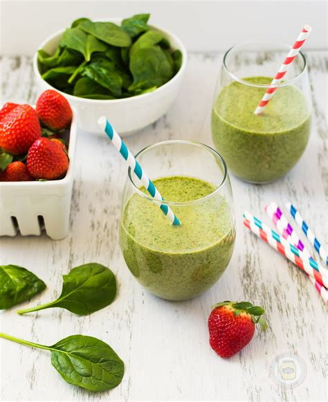Spinach Detox Shake strawberry kale and spinach detox smoothie spice jar