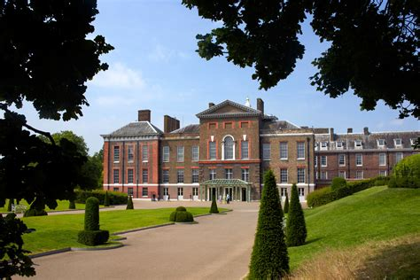 kennington palace visit kensington palace chagne afternoon tea bentley