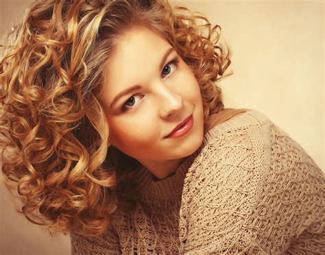 curly haircuts near me how to love your fabulous curly hair michael anthony