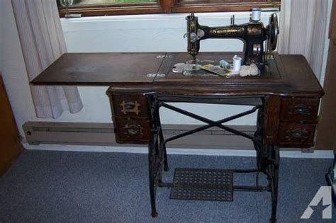 White Treadle Sewing Machine Cabinet by Antique White Rotary Treadle Sewing Machine And Cabinet