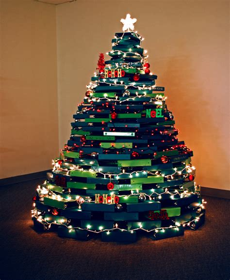 the samsill christmas tree of binders the officezilla 174 blog