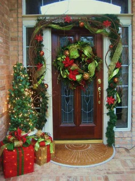 Christmas Front Porch Decorating Ideas | 40 cool diy decorating suggestions for christmas front