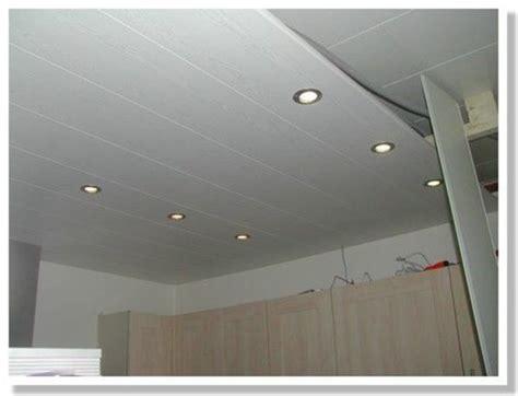 Formidable Lambris Pvc Salle De Bain Leroy Merlin #2: pose-plafond-pvc-pose-faux-plafond-pvc-suspendu-lambris-au-video-07480202-idee-e-grosfillex-leroy-merlin-pdf-salle-de-bain-sur-rail-lambri-placo-600x459.jpg