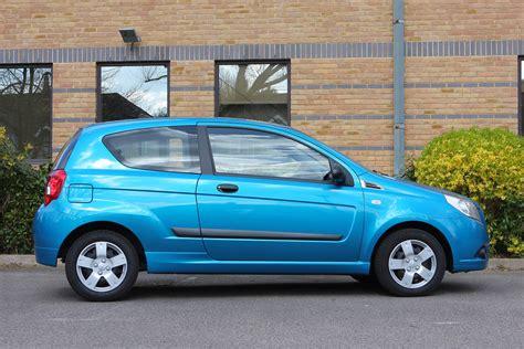 review chevrolet aveo 2012 chevrolet aveo reviews car reviews by auto123 autos