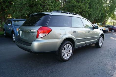 sell used 2009 subaru outback 3 0r h6 limited 41k
