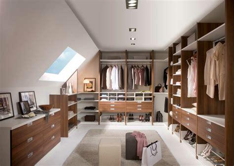 Ankleidezimmer Hocker by Offener Kleiderschrank 39 Beispiele Wie Der