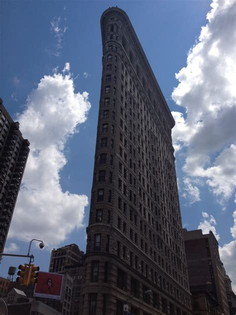 flatiron building  york daniel burnham architect