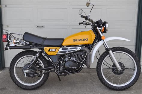 Motorrad Suzuki Ts 250 by Suzuki Ts 250 Er Pics Specs And List Of Seriess By Year
