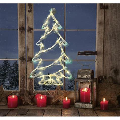 Agradable Decoracion Navidena Con Velas #4: Decoracion-navidena-ventanas-velas-rojas-arbol-brillante1.jpg