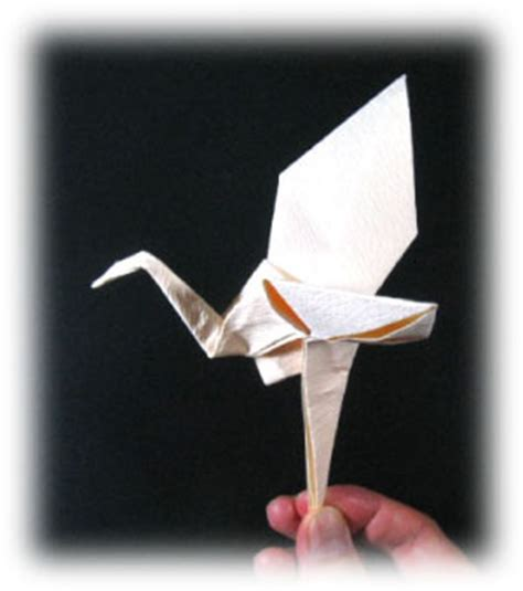 Flying Crane Origami - how to make a origami crane that flies driverlayer